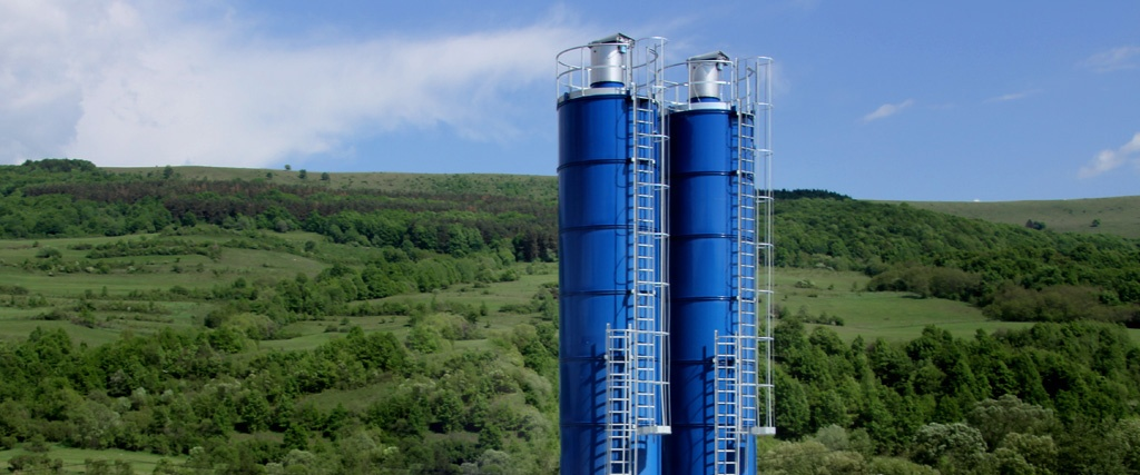 Vertical silo systems